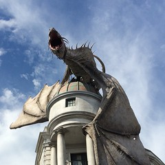 Gringotts Bank doesn't mess around when it comes to security, y'all. #universalorlando