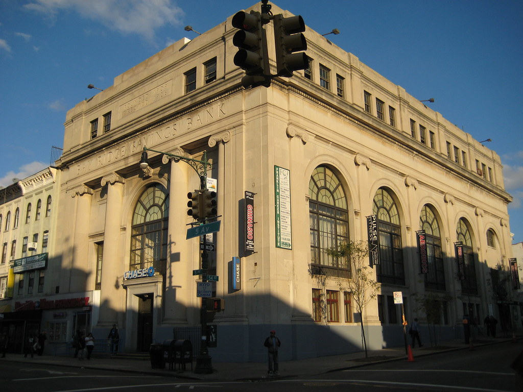 Ridgewood Savings Bank is a community bank that offers a full line of banking services to New York City, Brooklyn, Queens, Nassau, Suffolk,