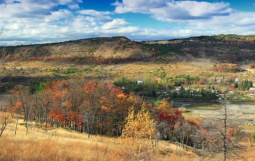 autumn trees sky mountains grass clouds landscape hiking pennsylvania hills foliage creativecommons bluemountain appalachianmountains stratocumulus kittatinnymountain carboncounty lehighgap lehighgapnaturecenter