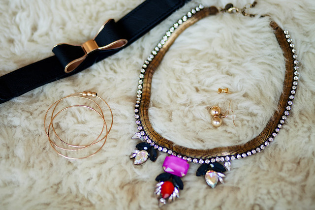 cute & little blog | petite fashion | LBD accessories
