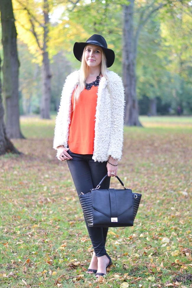 How to Style Fake Fur Eugli (3)