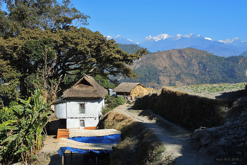 bâtimentmaison merapeak montagnes necha nepal préci sentier solukhumbu village