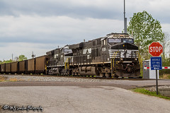 NS 8139 | GE ES44AC | NS Memphis District