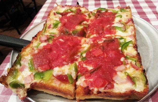 buddys-pizza-detroit