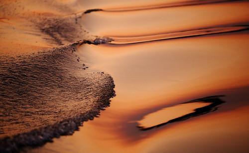 africa travel sunset orange abstract reflection nature water colors river boot boat reisen wasser waves colours sonnenuntergang natur copper afrika fluss reflexion spiegelung zambia farben abstrakt wellen 6d 2014 sambia kafue anymotion canoneos6d globalaward2014
