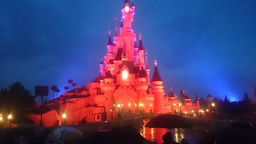 Disneyland-Castle-04