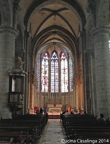 Carcassonne Kirche innen