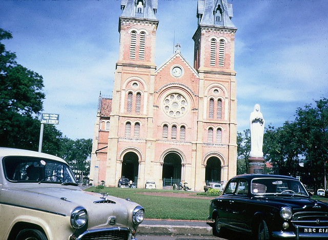 SAIGON 1965 - Cathedral & John F. Kennedy Square - Photo by Dale Ellingson