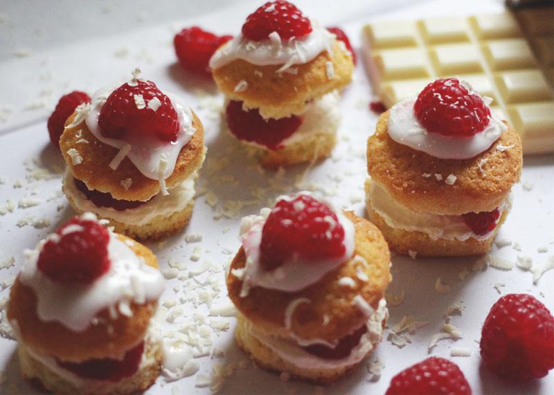 how to make raspberry cupcakes, Bumpkin Betty