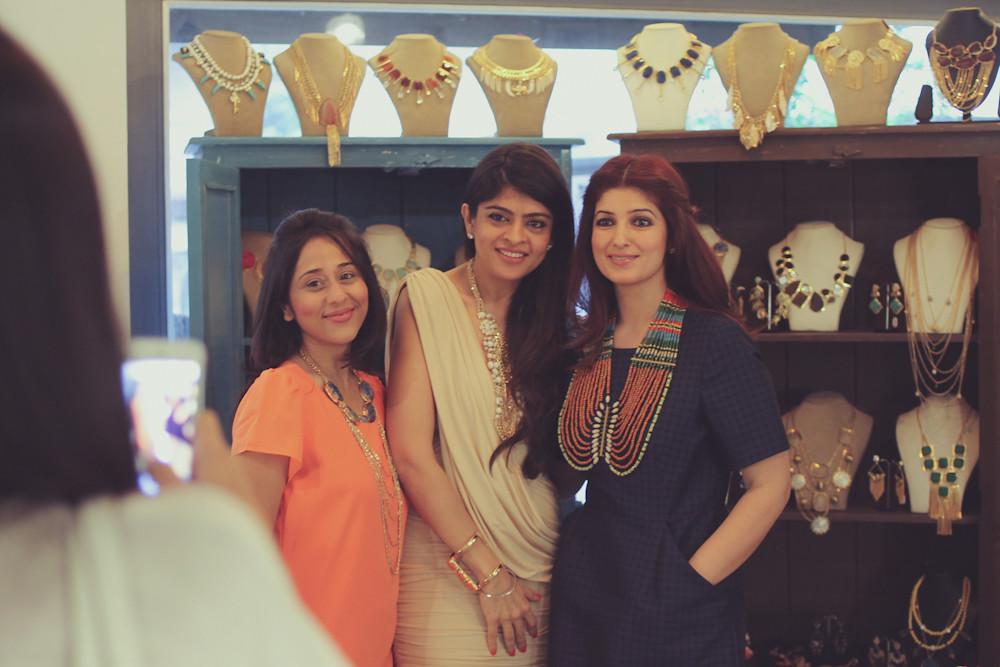 Twinkle Khanna Laila Motwane Vijata Raya Jewels