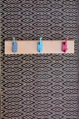 wood & wall peg