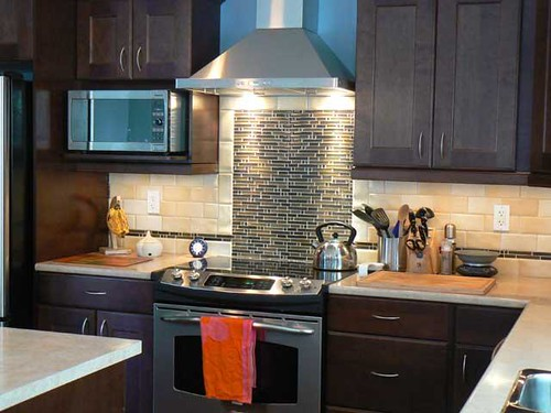 Todo lo que debes saber sobre las campanas extractoras de for Kitchen designs by delta