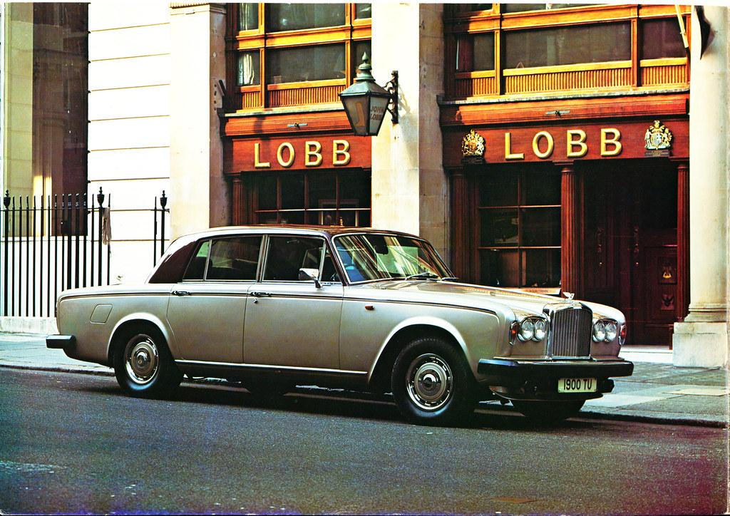 Bentley Spotting Sideline By Rolls Royce