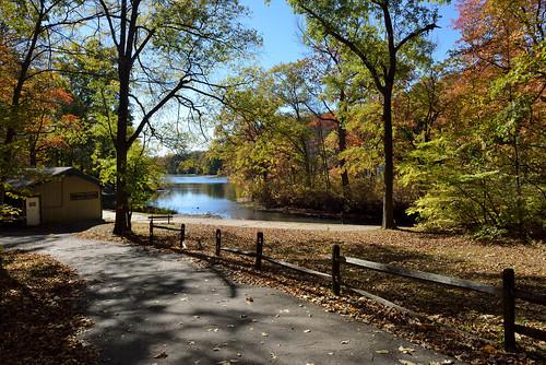 lakes yonkers autumncolor tibbettsbrookpark tibbettslake