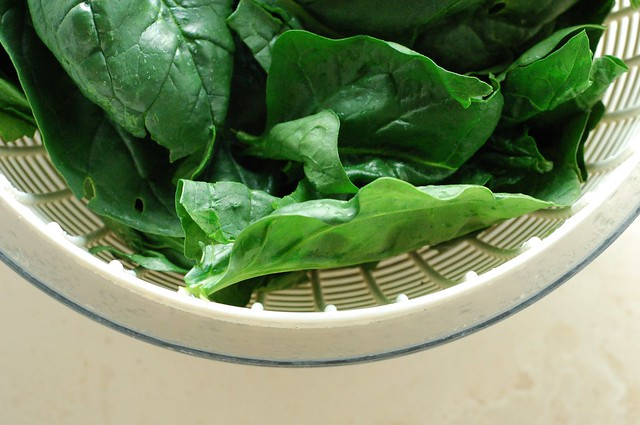 Beautiful fresh spinach by Eve Fox, The Garden of Eating, copyright 2014
