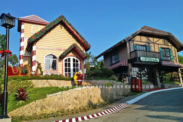 PHOTO OF SANTA CLAUS VILLAGE INSIDE CROSSWINDS SWISS LUXURY RESORTS IN TAGAYTAY USING NOKIA LUMIA 930.