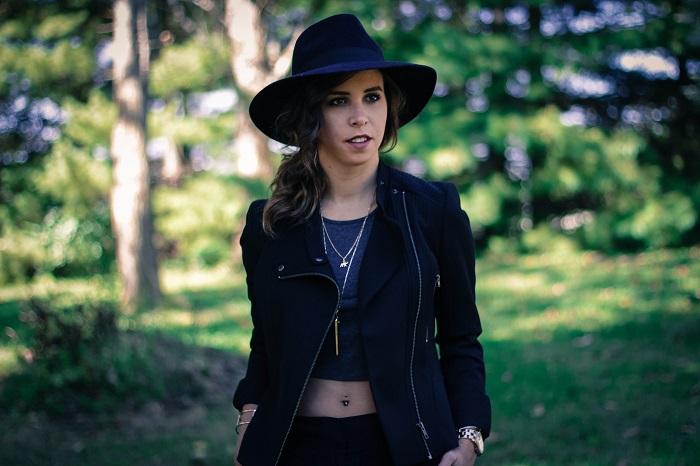 black moto jacket. cigerette pants. strappy heeled sandals. fall hat. fall style. va darling. andréa viza. dc blog. dc blogger. dc fashion. 6