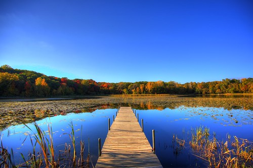 lake 3 color reflection fall water leaves minnesota canon landscape eos colorful mark iii lone 5d tamron mn minnetonka hrd 19mm photomatix
