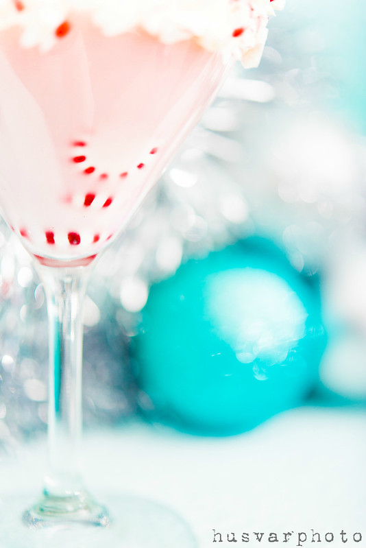 peppermintini peppermint martini #sweetnlowstars in_the_know_mom