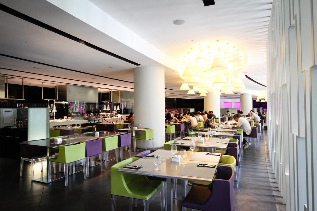 RWS邀请:Starz餐厅