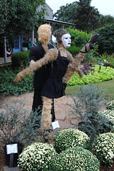 Carmen & Antonio, Blue Moon Gardens Scarecrows