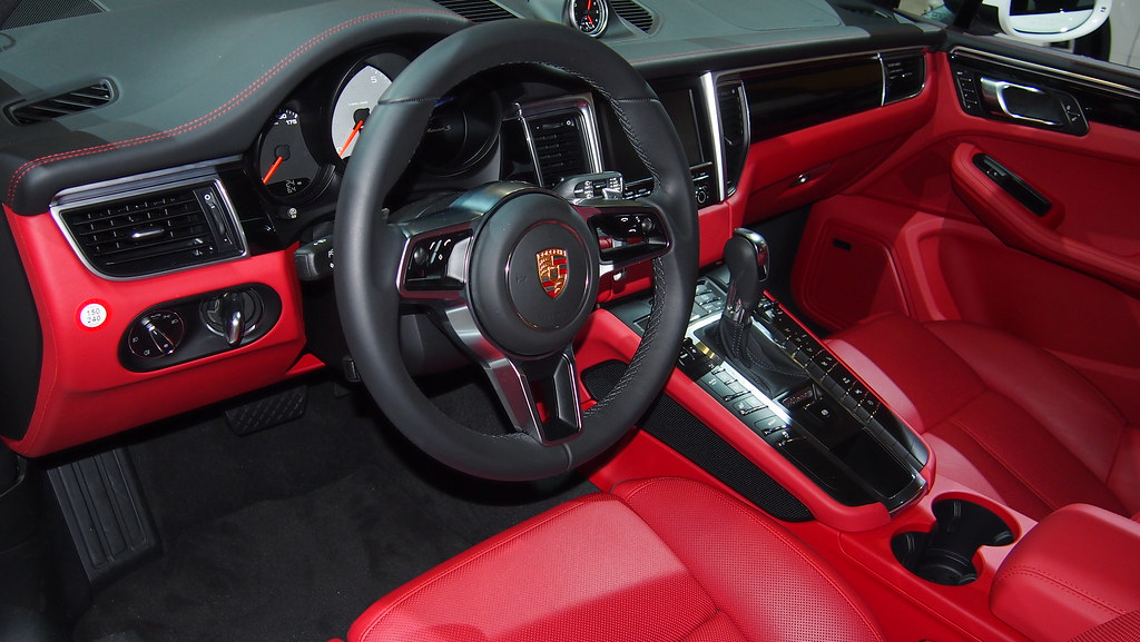The official garnet red black interior thread page 21 - Porsche macan white with red interior ...