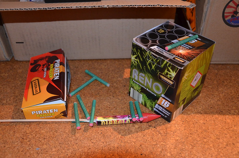 Raketen, Böller, Batterien