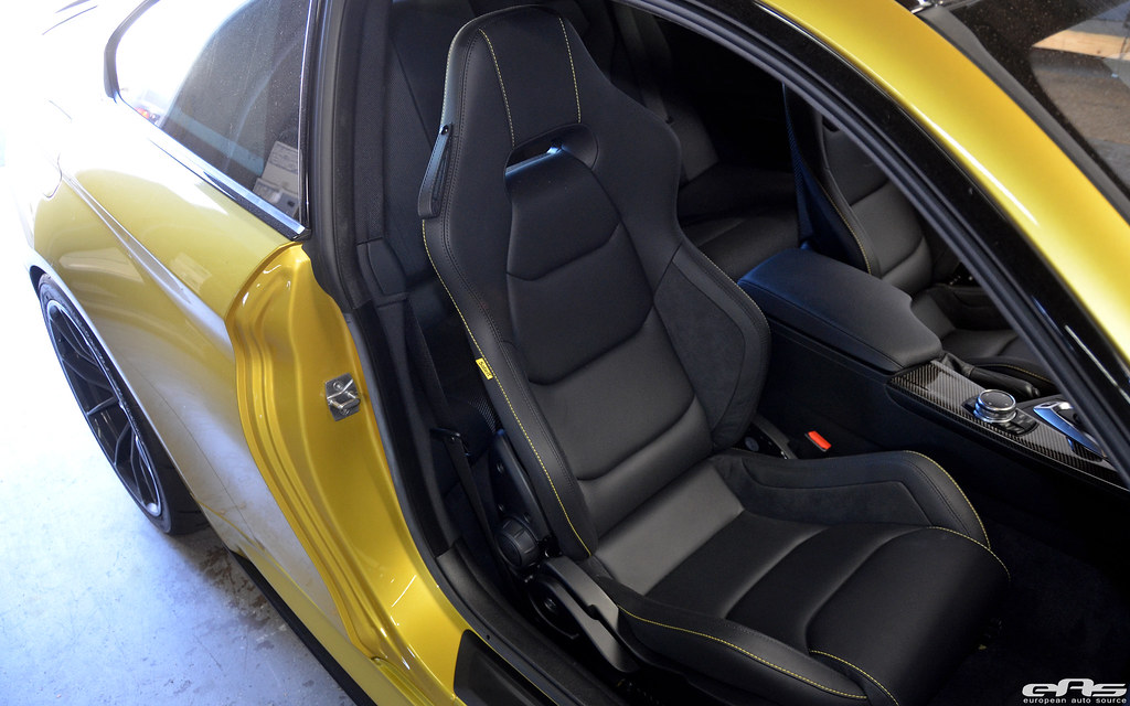Sabelt sps racing seat w carbon shell installed in ay m4 for Europe garage seat