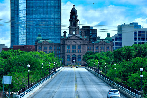 tarrantcountycourthouse fortworthtexas thecourthouseviewfromnorthmainstreet cityscapes cityskylines nikonphotography