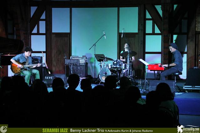 Serambi Jazz 2014-BennyLacknerTrio (9)