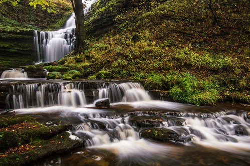 autumn motion tree leaves rock waterfall long exposure force yorkshire blurred foss dales malham scaleber