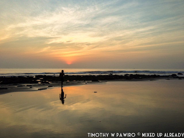 Indonesia - Pangandaran - Batukaras - Pantai Karang (03) - Sunrise