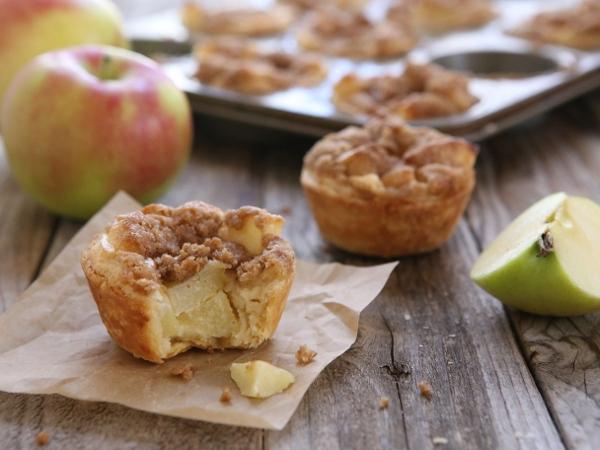 Mini Sour Cream Apple Pies | completelydelicious.com