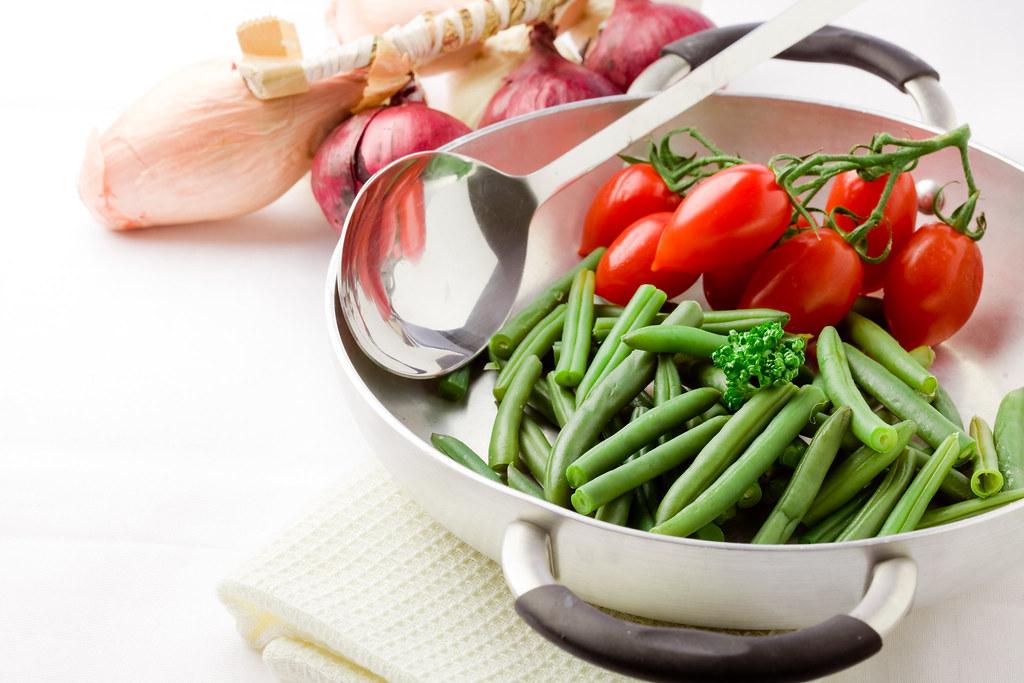 高麗菜還在大火快炒?小火烹調法,營養美味加倍!
