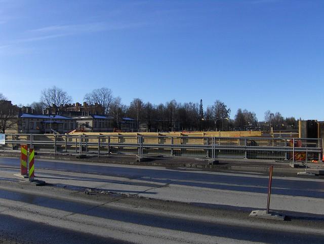 Hämeenlinnan moottoritiekate ja Goodman-kauppakeskus: Työmaatilanne 18.3.2012 - kuva 11