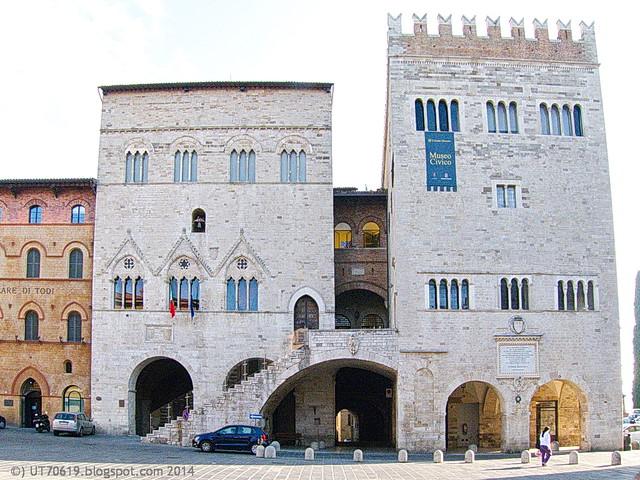 Todi - Palazzo del Popolo