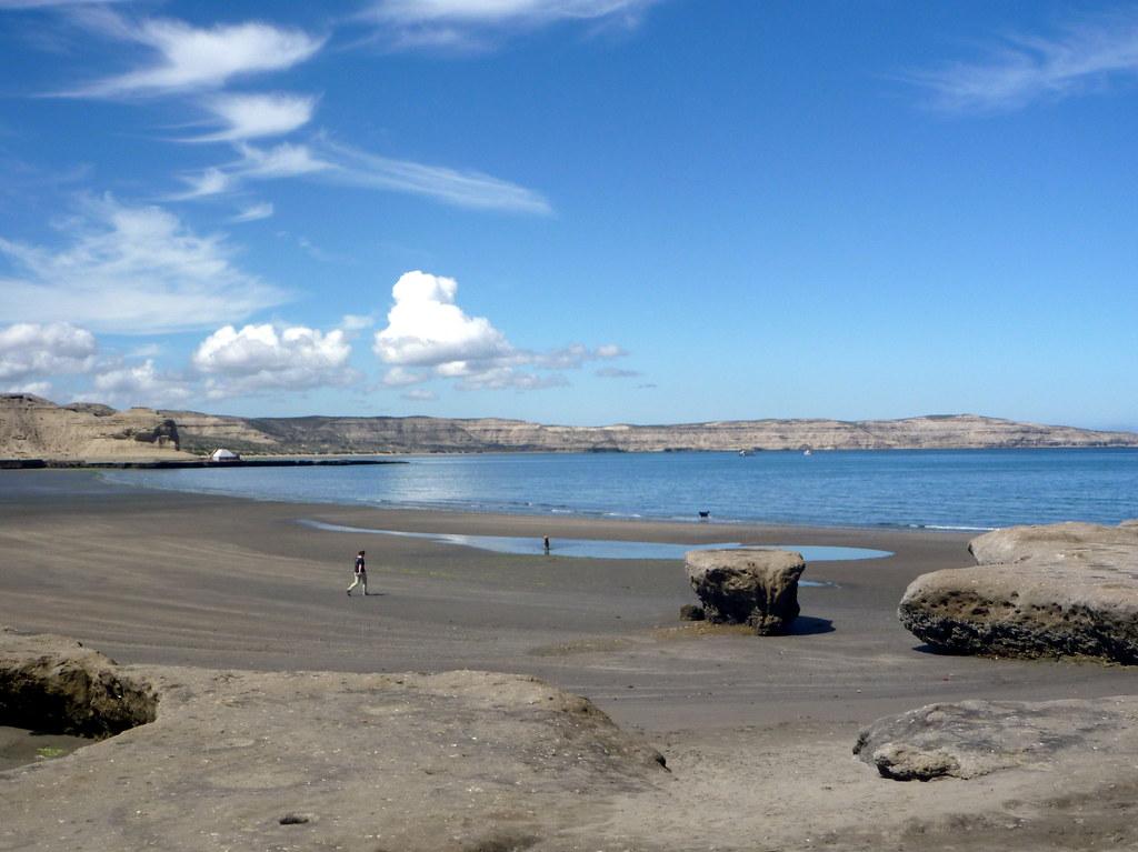 La plage de Puerto Piramides
