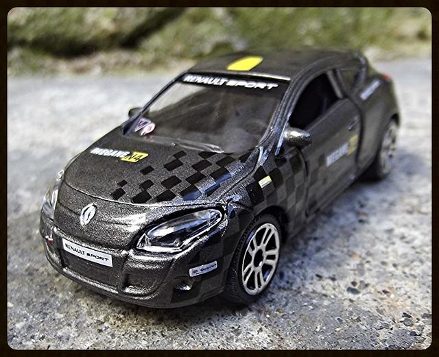N°222E Renault Megane Coupé. 15456876160_010d0d36dc_z