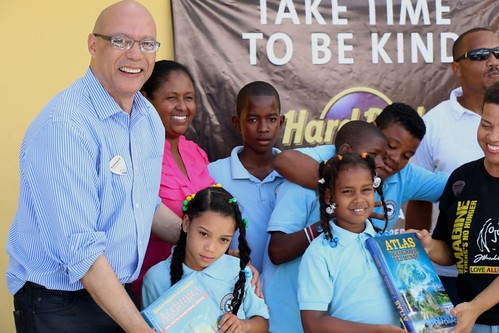 Hard Rock Hotel & Casino Punta Cana donates library books to a local school.