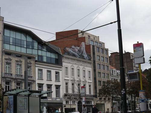 Rooftop explicit streetart