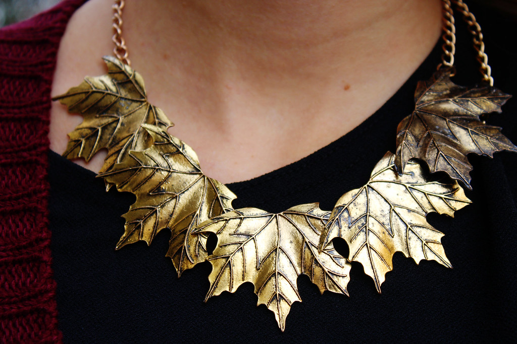 ebay-maple-leaves-bronze-necklace