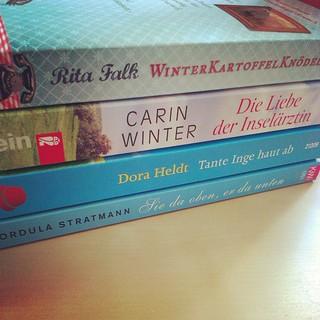 #gelesen im Oktober. Nur #deutschsprachiges und extrem leichte Kost. So zum #Wiedereinstieg nach jahrelanger Leseabstinenz Graf passend ;) #BuchhändlerinaD