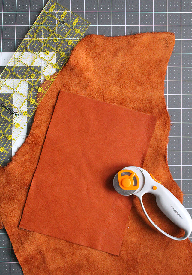 Make Your Own Leather iPad Case