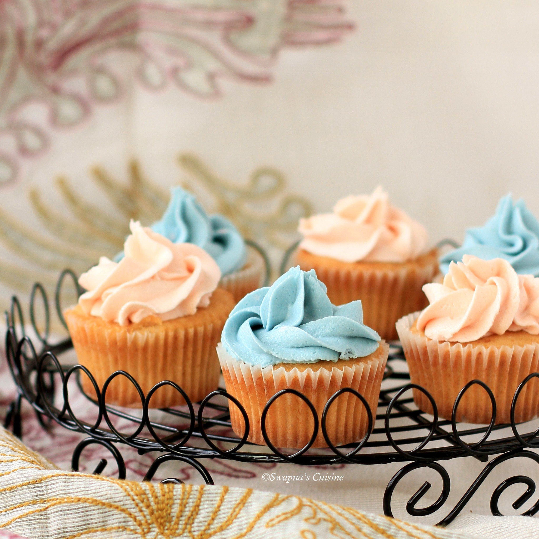 Dulce de Leche Cupcakes with Buttercream Frosting