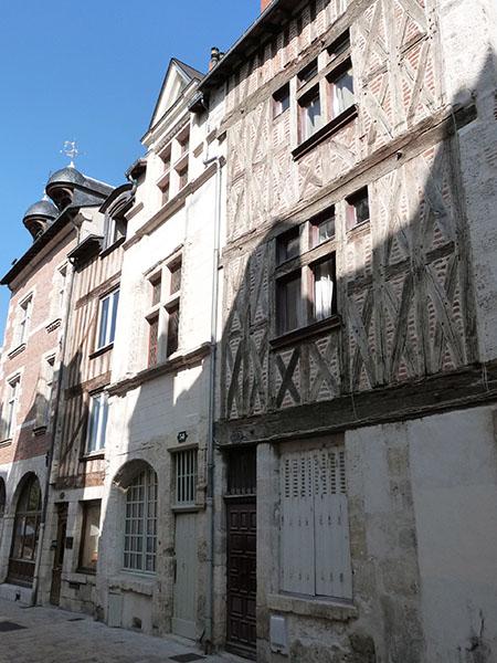 façades médiévales rue de la charpenterie