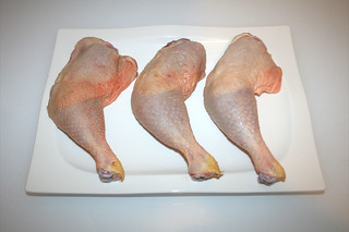 01 - Zutat Hähnchenschenkel / Ingredient chicken legs
