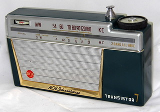 Vintage RCA International 7 Transistor Radio, Model AH-271-S, Holiday Series Radio, 2 Bands, Made In Japan / Joe Haput, via Flickr