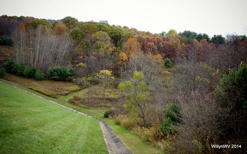 ohio fall barn landscape dam belmontlake belmontcounty ohiovalley barkcampstatepark