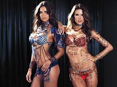 Алессандра Амбросио и Адриана Лима представили новые Fantasy Bra