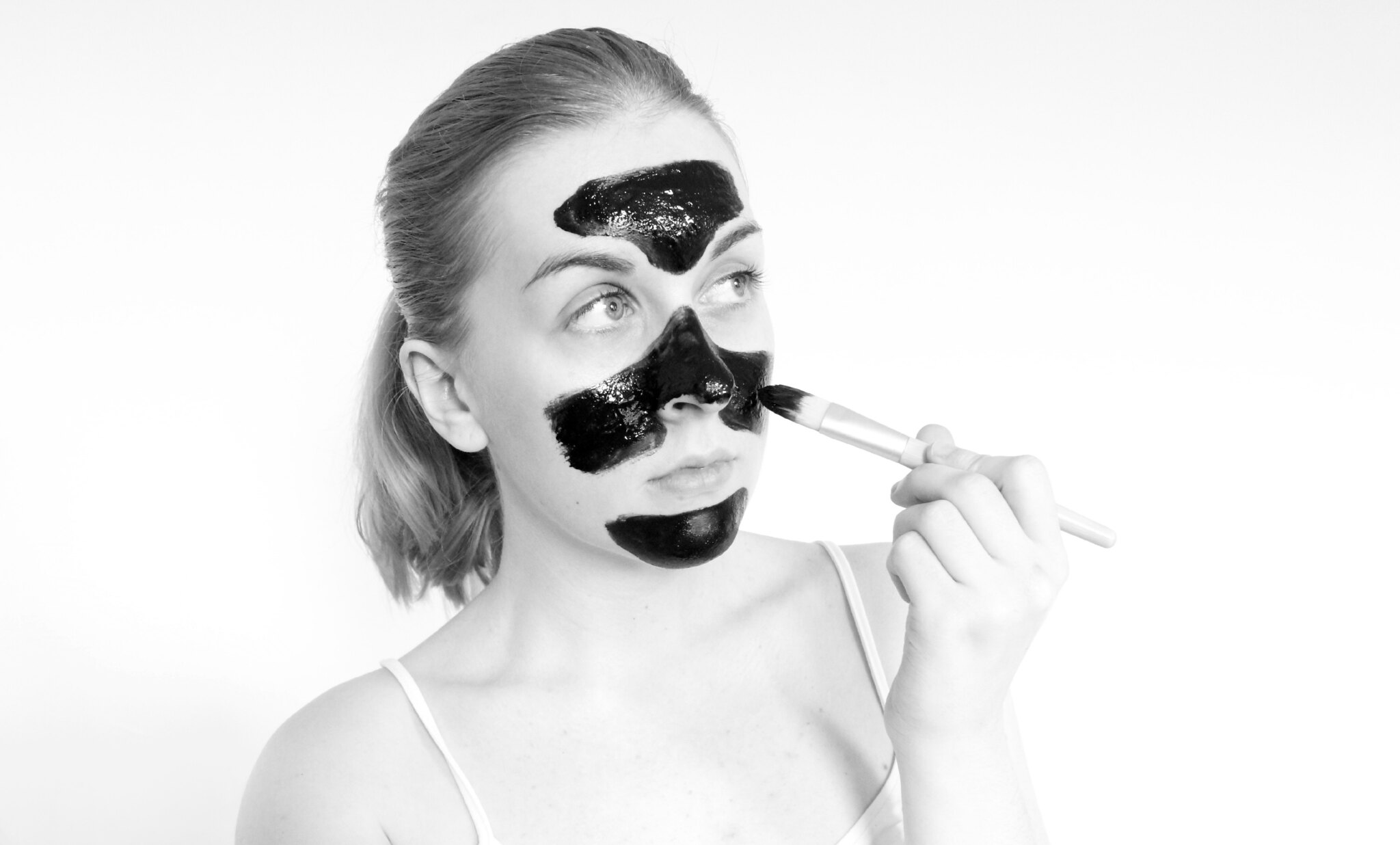 JorgObé Black Peek Off Mask